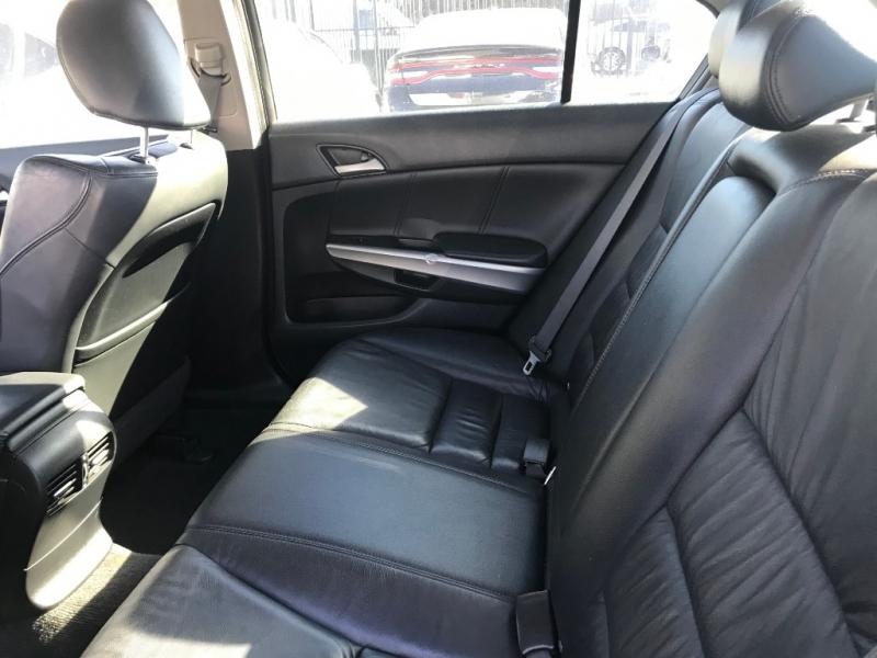Honda Accord Sdn 2010 price $13,299