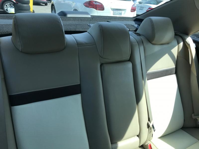 Toyota Camry 2013 price $15,299