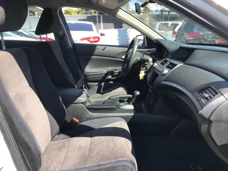Honda Accord Sdn 2010 price $13,999