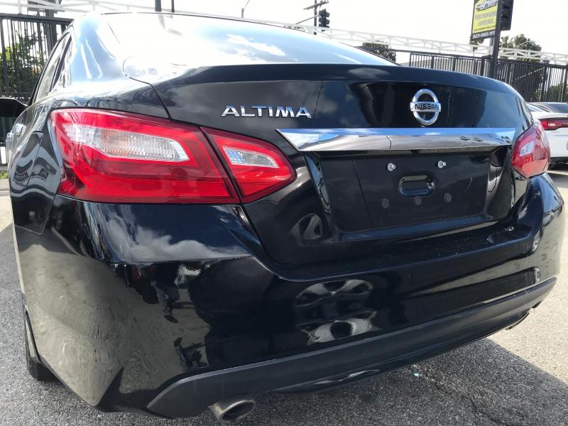 Nissan Altima 2017 price $18,999