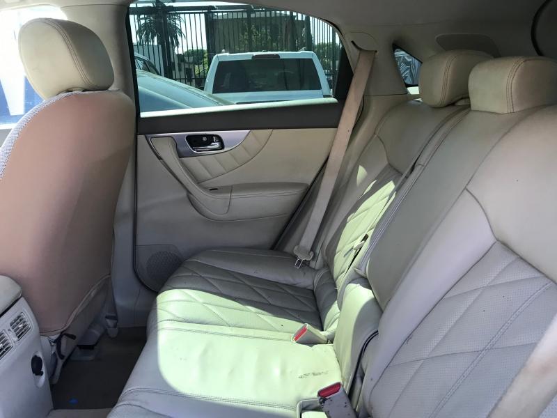 Infiniti FX35 2011 price $18,299