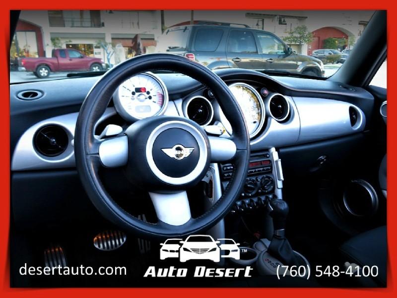Mini Cooper Convertible 2006 price $5,970