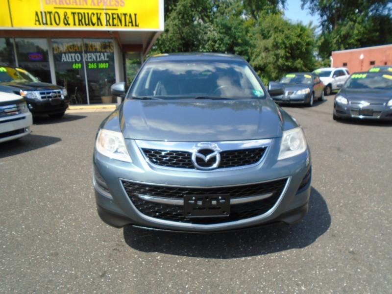 Mazda CX-9 2010 price $7,999