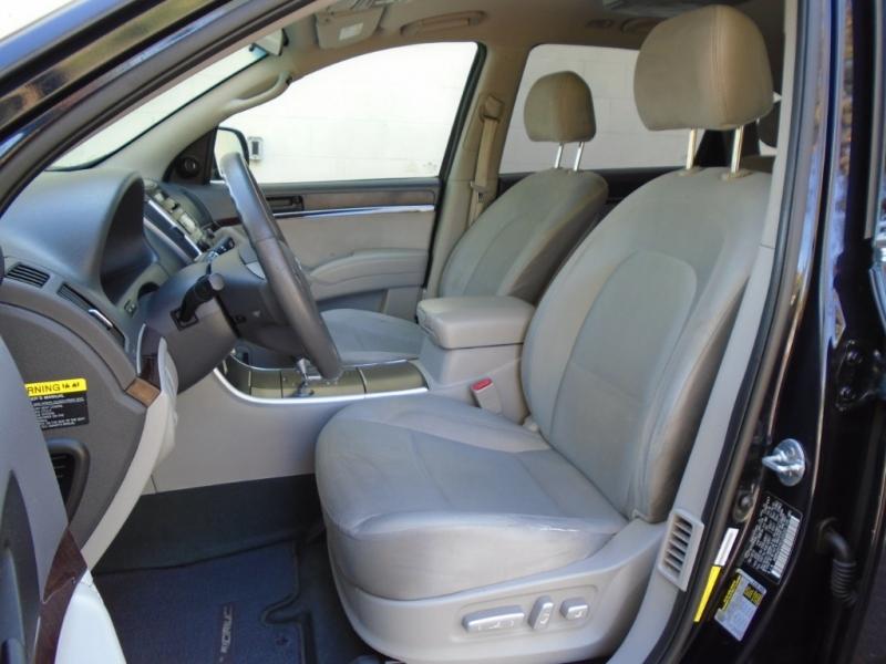 Hyundai Veracruz 2012 price $6,999