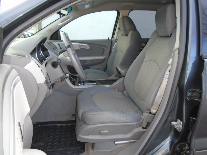 Chevrolet Traverse 2011 price $6,499