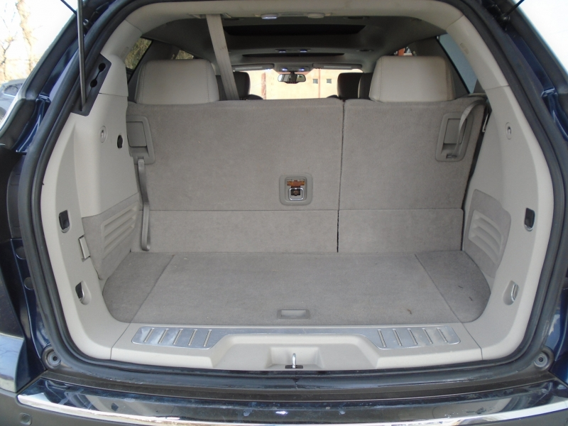 Buick Enclave 2008 price $7,999