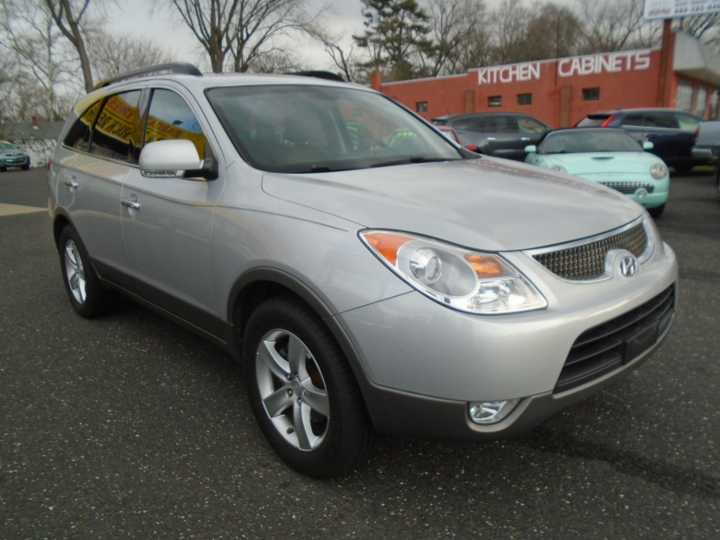 Hyundai Veracruz 2008 price $8,999