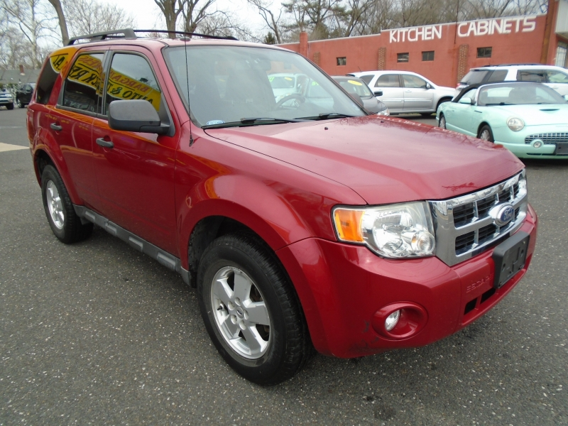 Ford Escape 2010 price $7,499