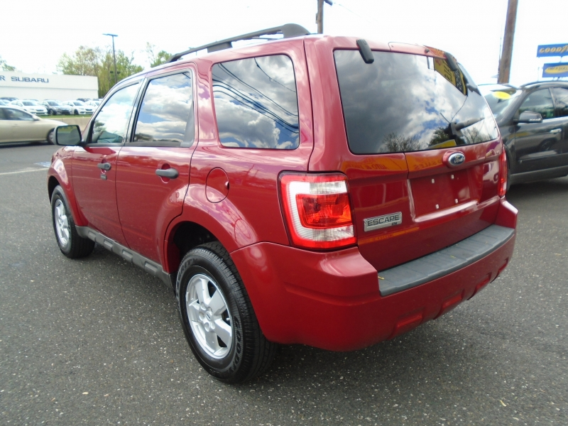 Ford Escape 2009 price $4,999