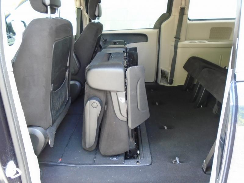 Dodge Grand Caravan 2013 price $5,999