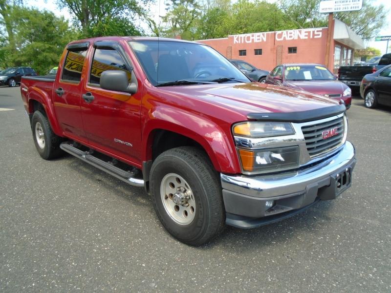 GMC Canyon 2004 price $4,999