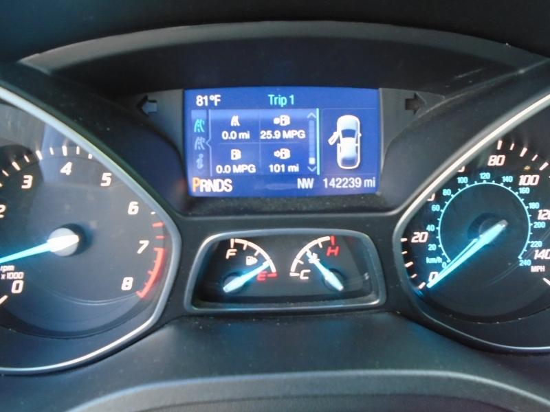 Ford Escape 2015 price $8,999