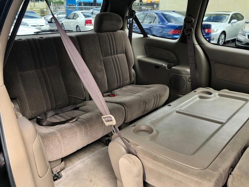 Toyota Sienna 2001 price $3,995