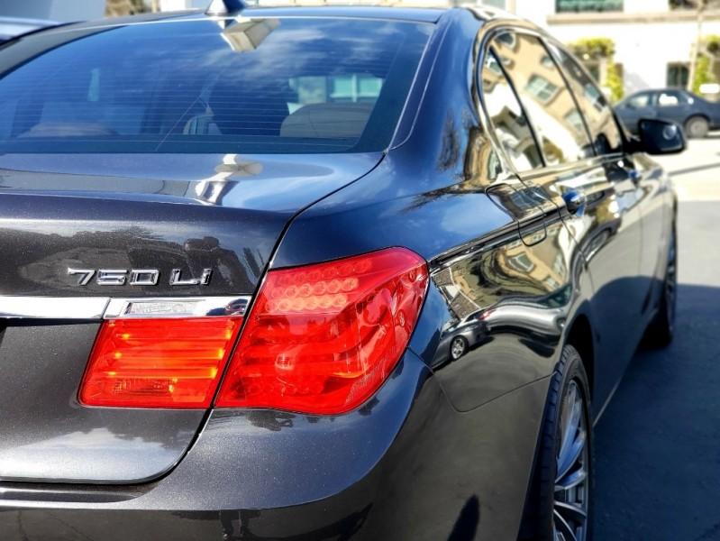 BMW 7-Series 2009 price $16,999