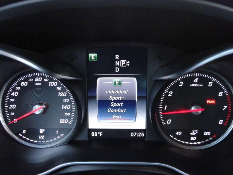 Mercedes-Benz C-Class 2015 price $22,895