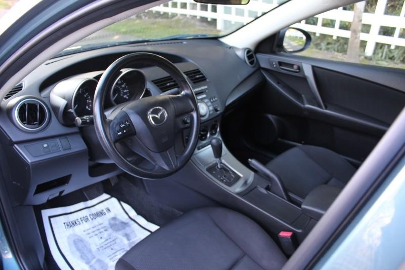 Mazda 3 2011 price $6,500