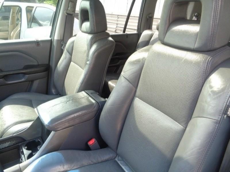 Honda Pilot 2005 price $5,644