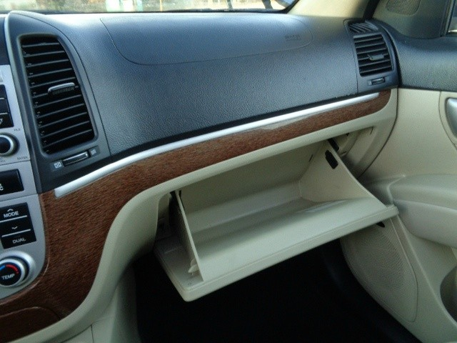Hyundai Santa Fe 2008 price $5,455