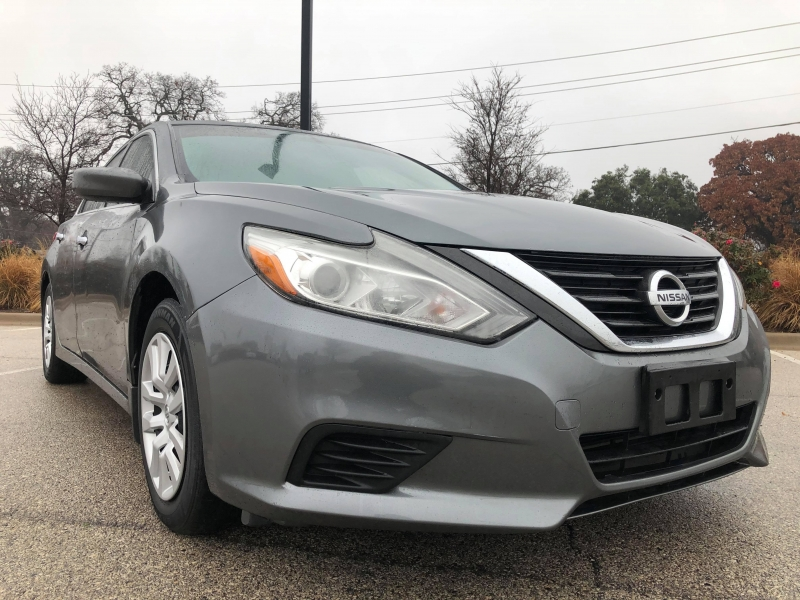 Nissan Altima 2016 price $12,444