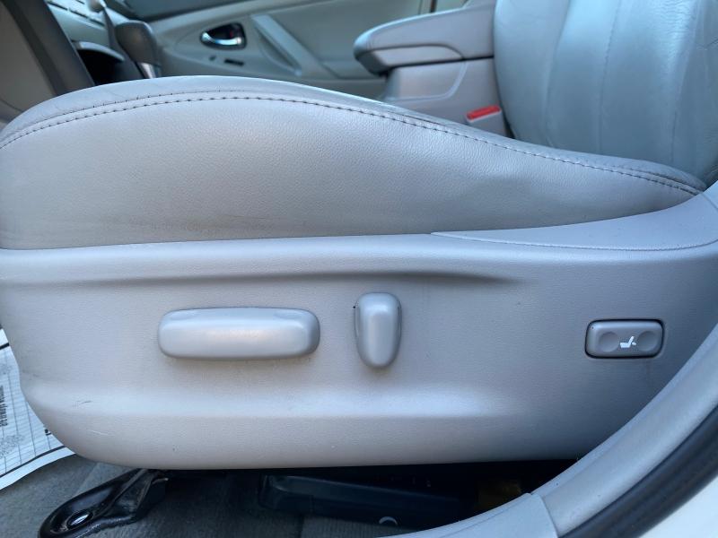 Toyota Camry Hybrid 2008 price $4,334