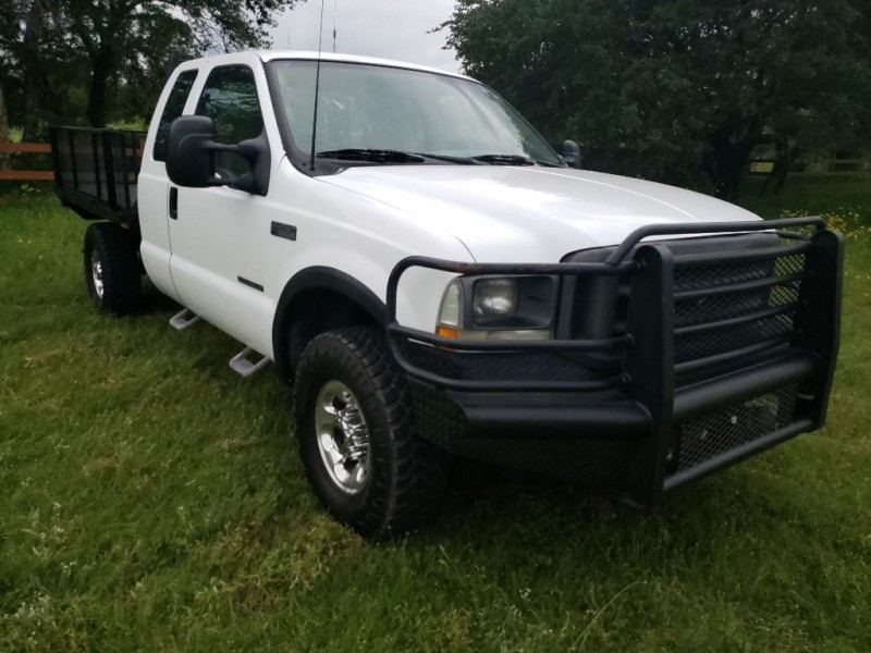 Ford Super Duty F-250 2003 price $10,900