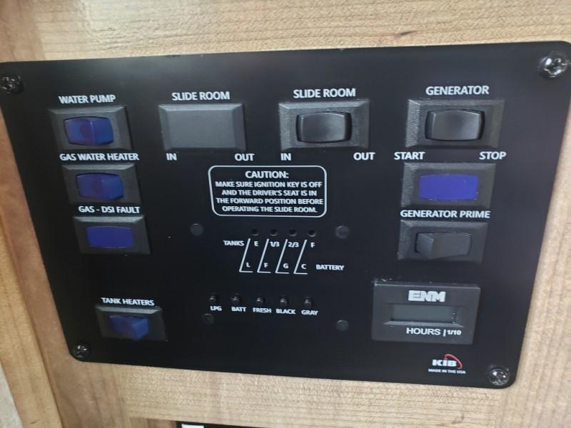 CHEVROLET EXPRESS G4500 2018 price $49,995