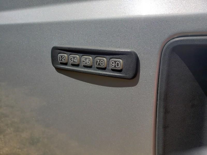 Ford Super Duty F-250 SRW 2013 price $32,995 Cash