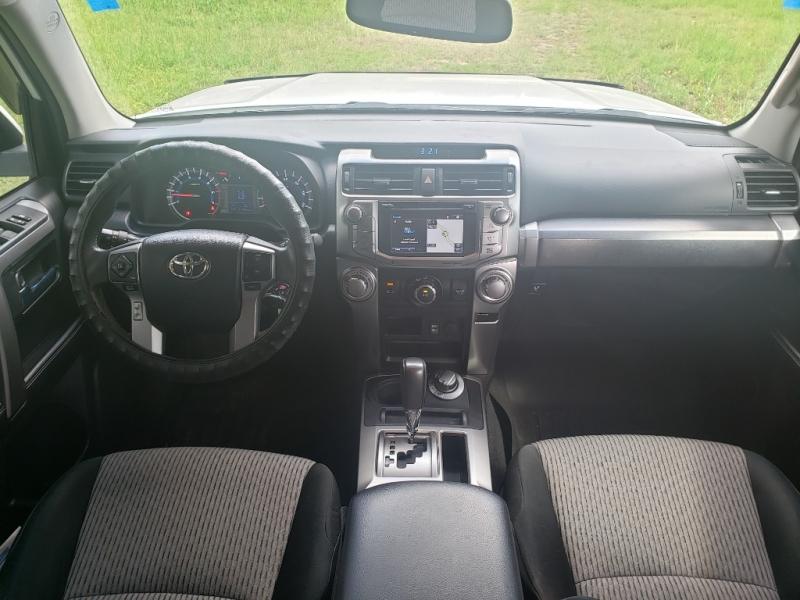 Toyota 4Runner 2016 price $26,995