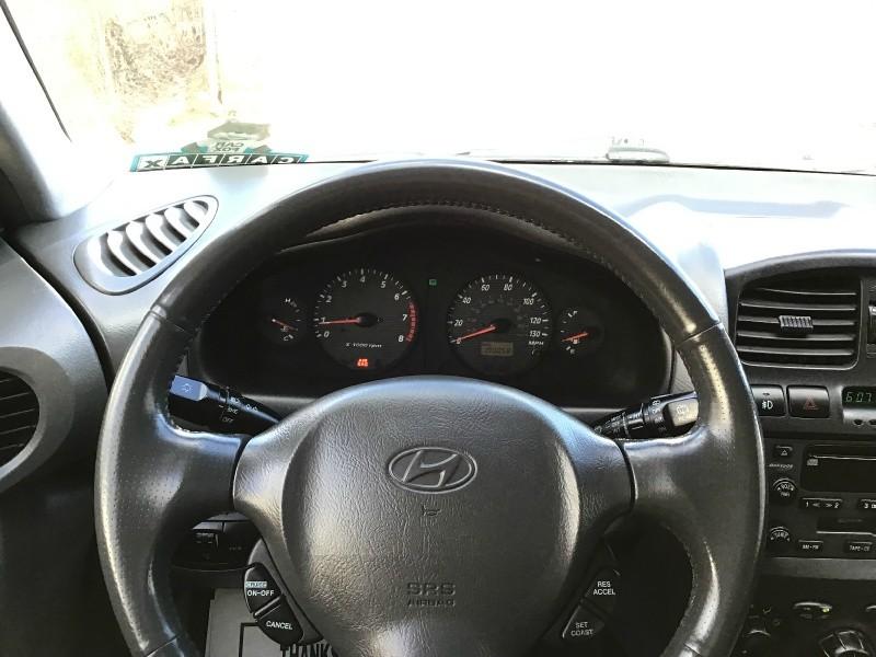 Hyundai Santa Fe 2004 price $3,490