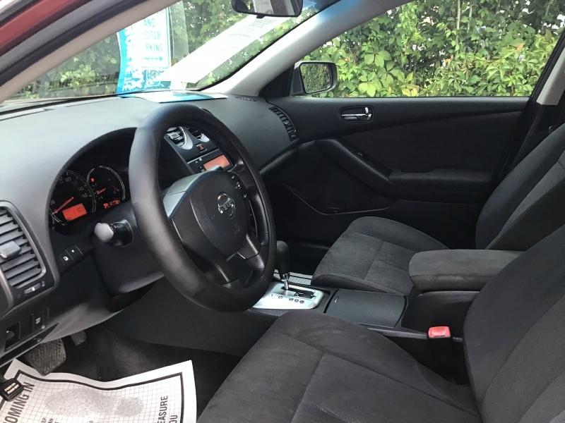 Nissan Altima 2010 price $4,990
