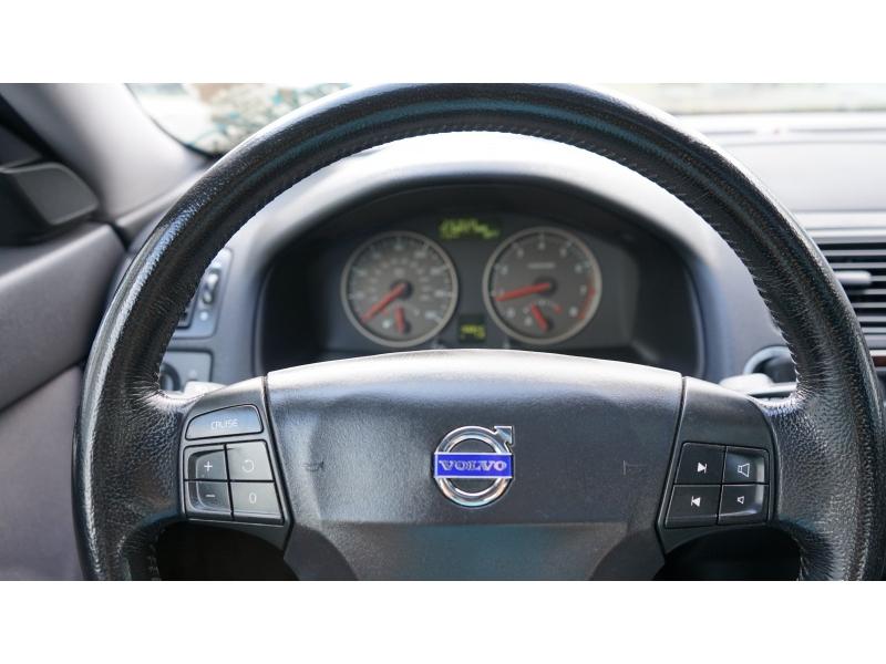 Volvo S 40 2007 price $3,490