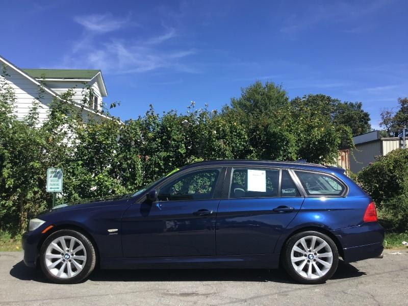 BMW 3-Series 2011 price $7,490