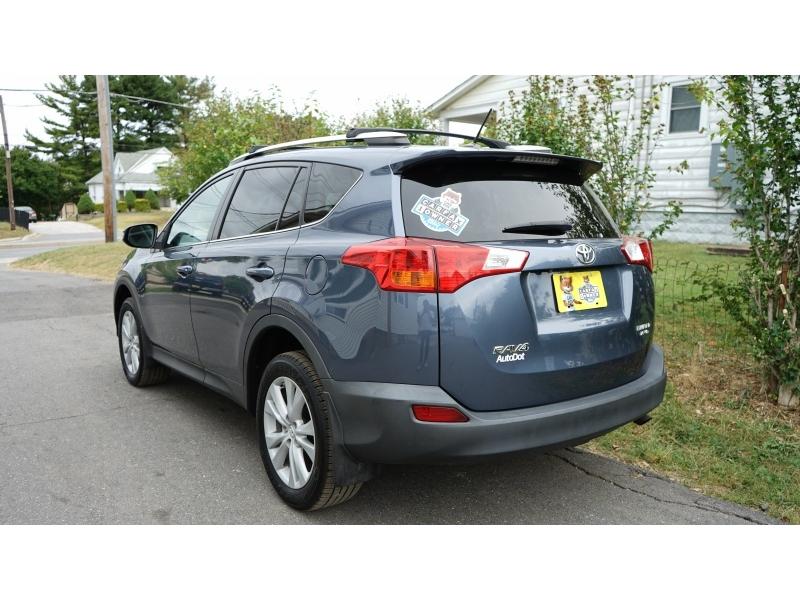 Toyota RAV4 2013 price $12,990