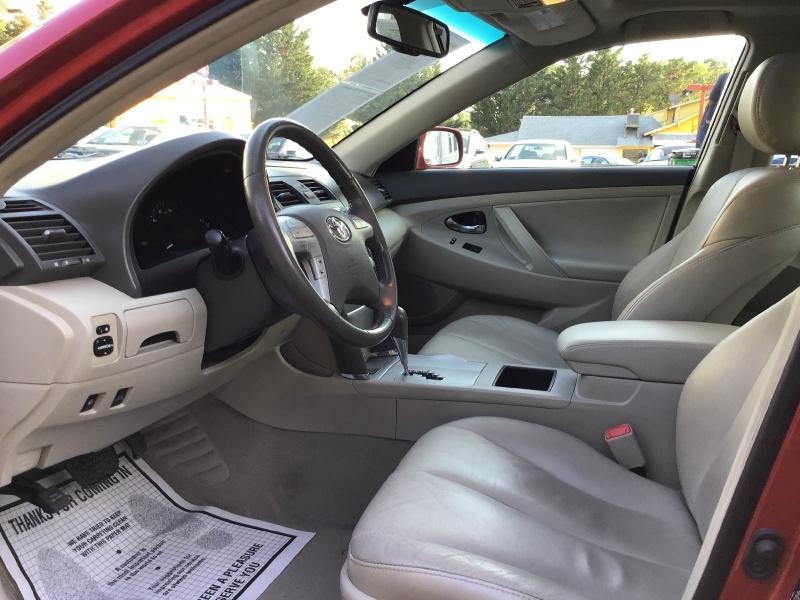 Toyota Camry Hybrid 2009 price $4,990