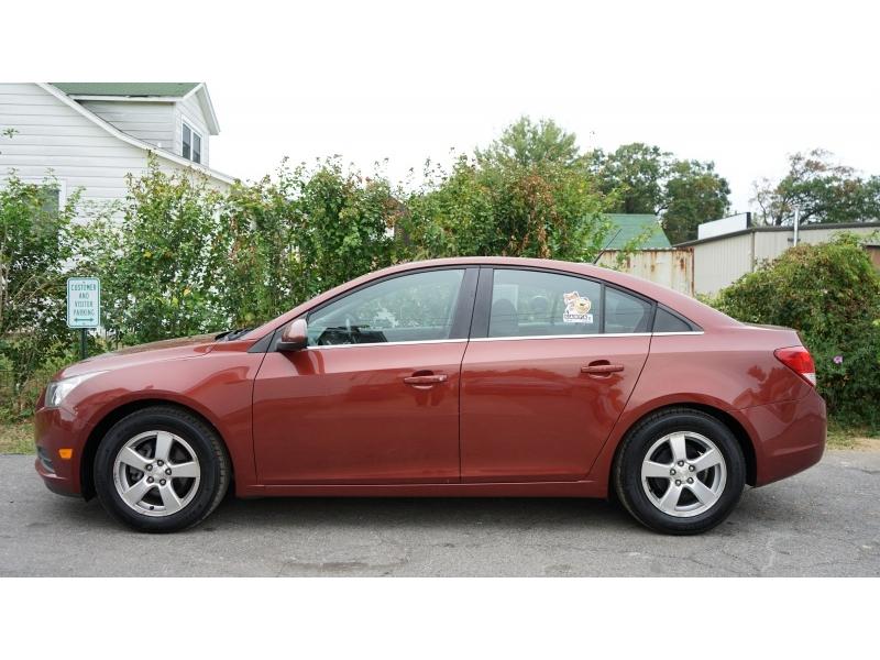 Chevrolet Cruze 2013 price $5,990