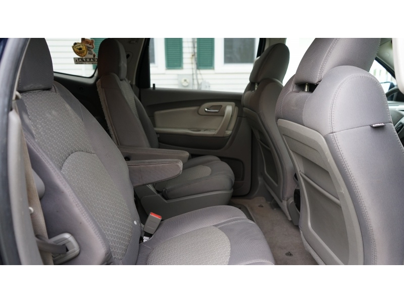 Chevrolet Traverse 2011 price $7,990