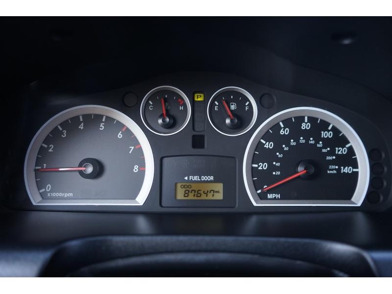 Hyundai Santa Fe 2006 price $5,700