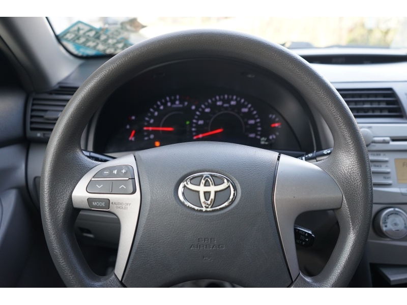 Toyota Camry 2011 price $5,990