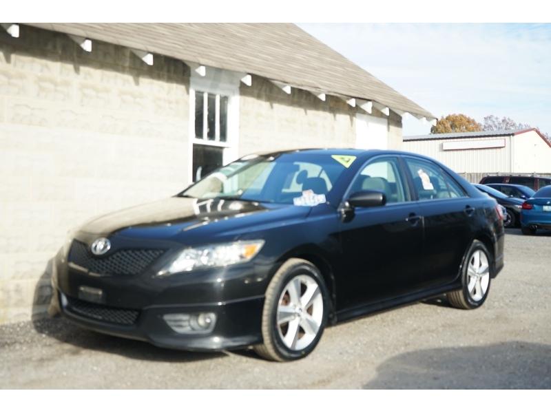 Toyota Camry 2011 price $7,400
