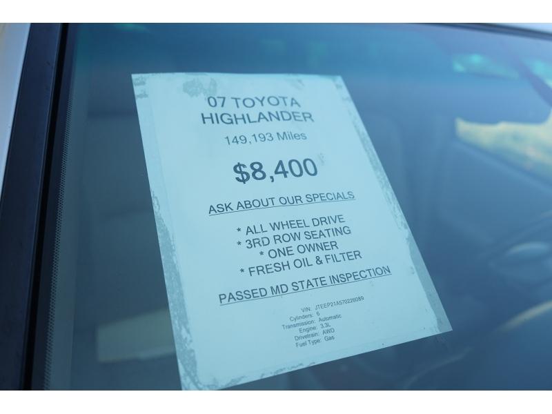 Toyota Highlander 2007 price $7,990