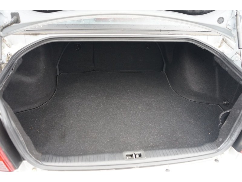 Hyundai Sonata 2005 price $5,400