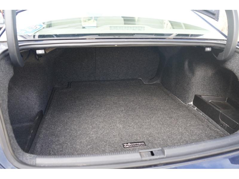Volkswagen Passat 2013 price $8,390