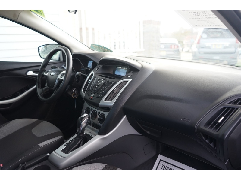 Ford Focus 2012 price $7,700