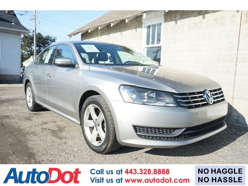 Volkswagen Passat 2013 price $8,990