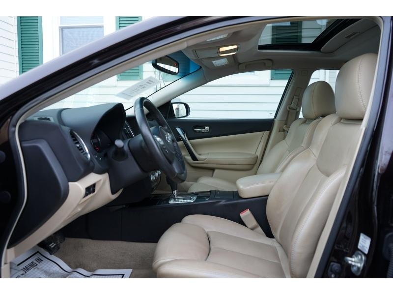 Nissan Maxima 2012 price $6,390