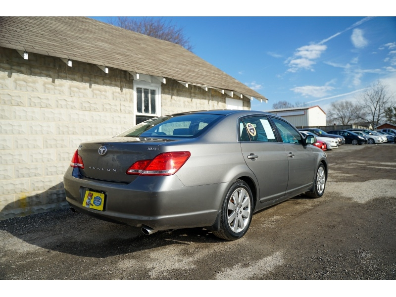 Toyota Avalon 2006 price $6,770