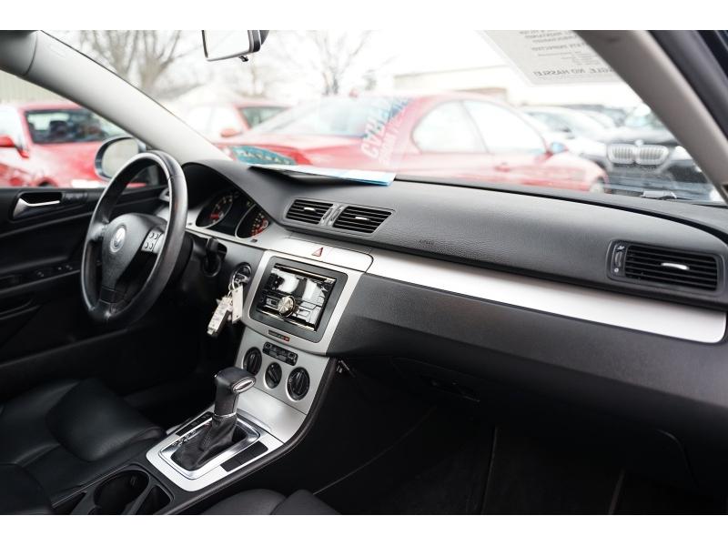 Volkswagen Passat 2009 price $5,990