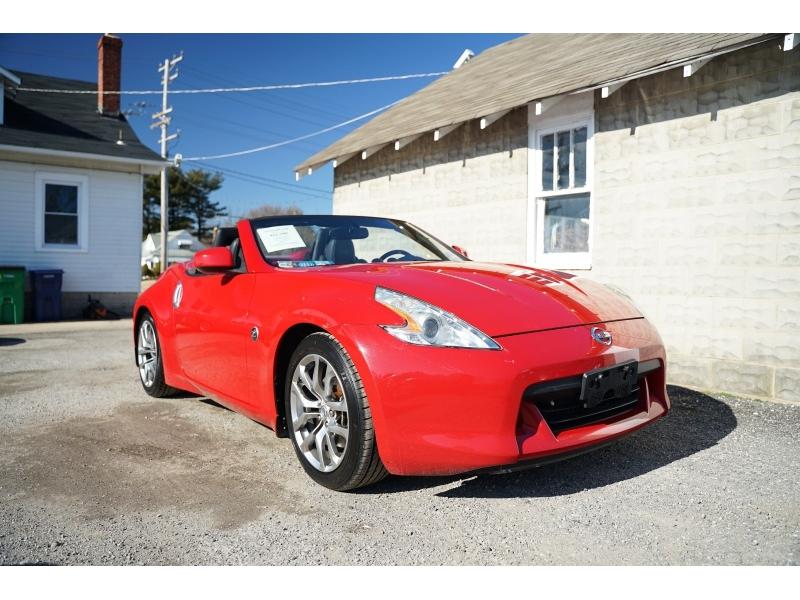 Nissan 370 Z 2010 price $11,780