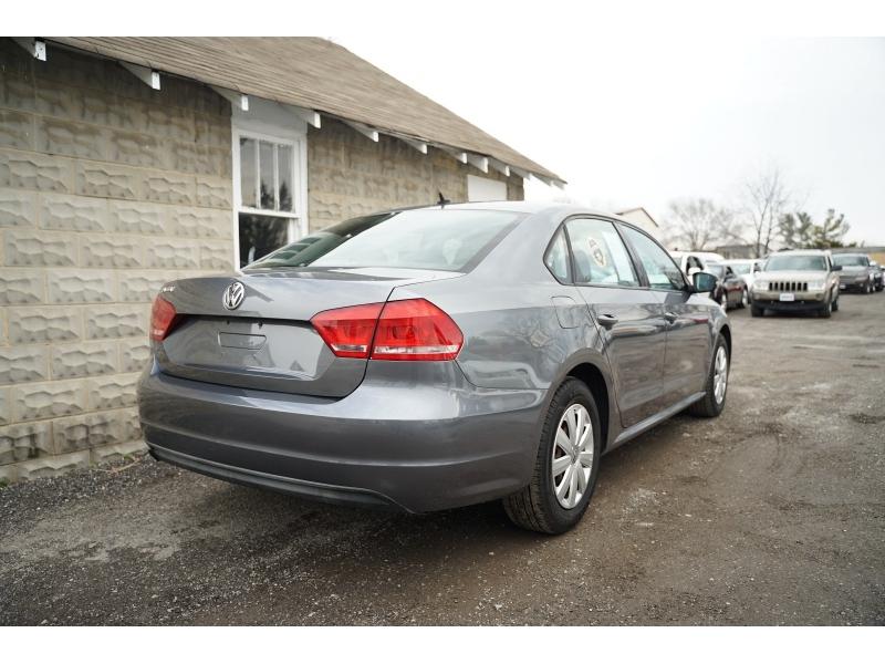 Volkswagen Passat 2013 price $6,990