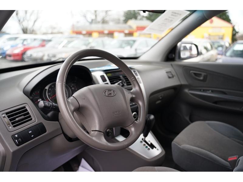 Hyundai Tucson 2007 price $5,770